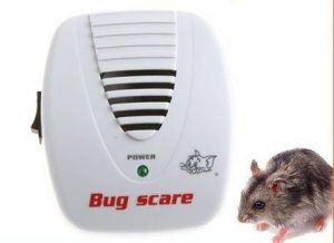 Electric mouse repellent with a mouse besides.