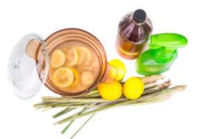 Apple cider vinegar, lemon and lemongrass home remedy, safe and effective formula to repel mosquito.